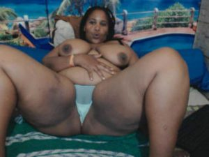 mature chubby black cam women
